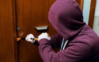 Burglars say home security systems deter burglars